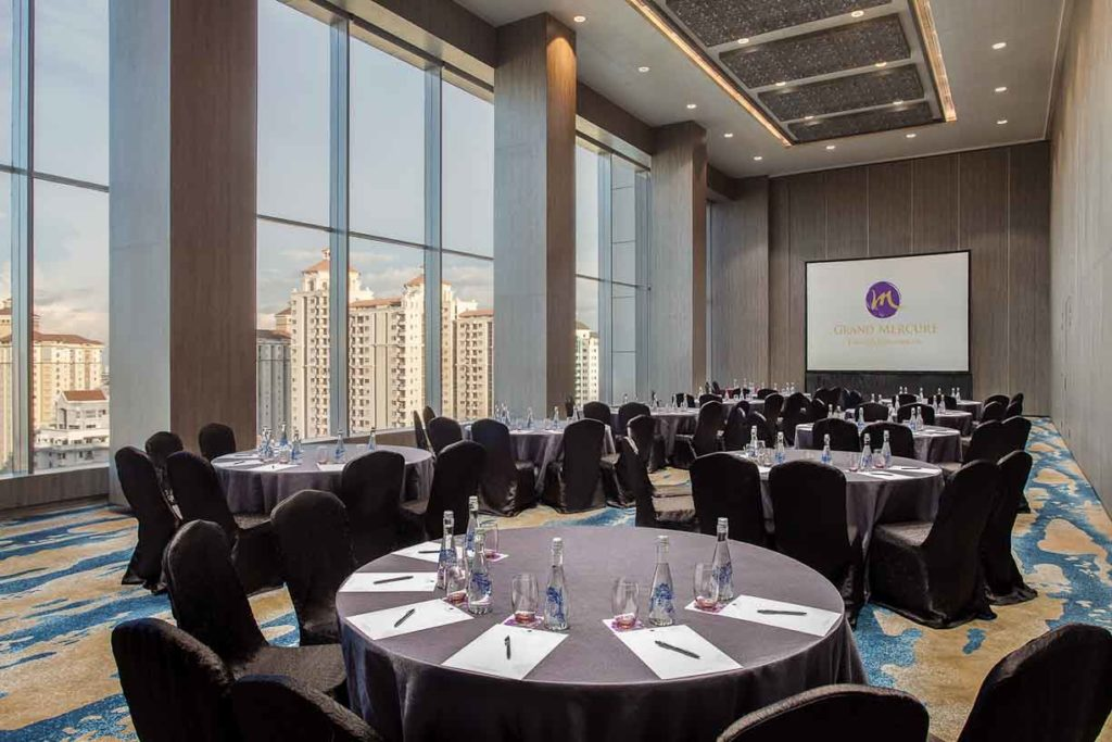 Special offers for meeting package in hotel grand mercure jakarta our largest multipurpose room has impressive interior and it suitable for wedding decorations and can accommodate up to 2000 invited guests for wedding junglespirit Images